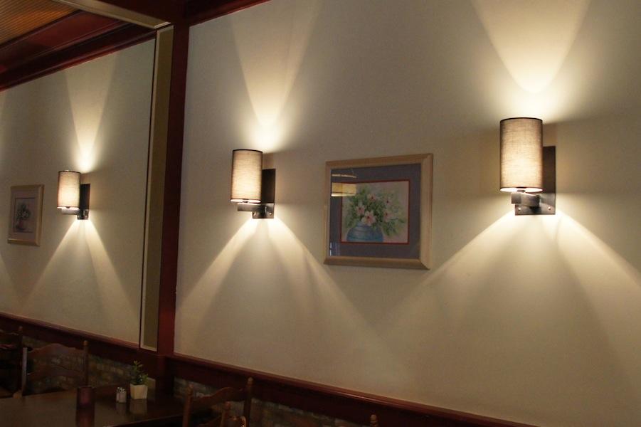 Design wandlamp handgemaakt, smeedijzer, lampenkap, landelijke stijl
