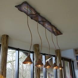 Landelijke verlichting, design lampen, eiken kloostertafels, op maat